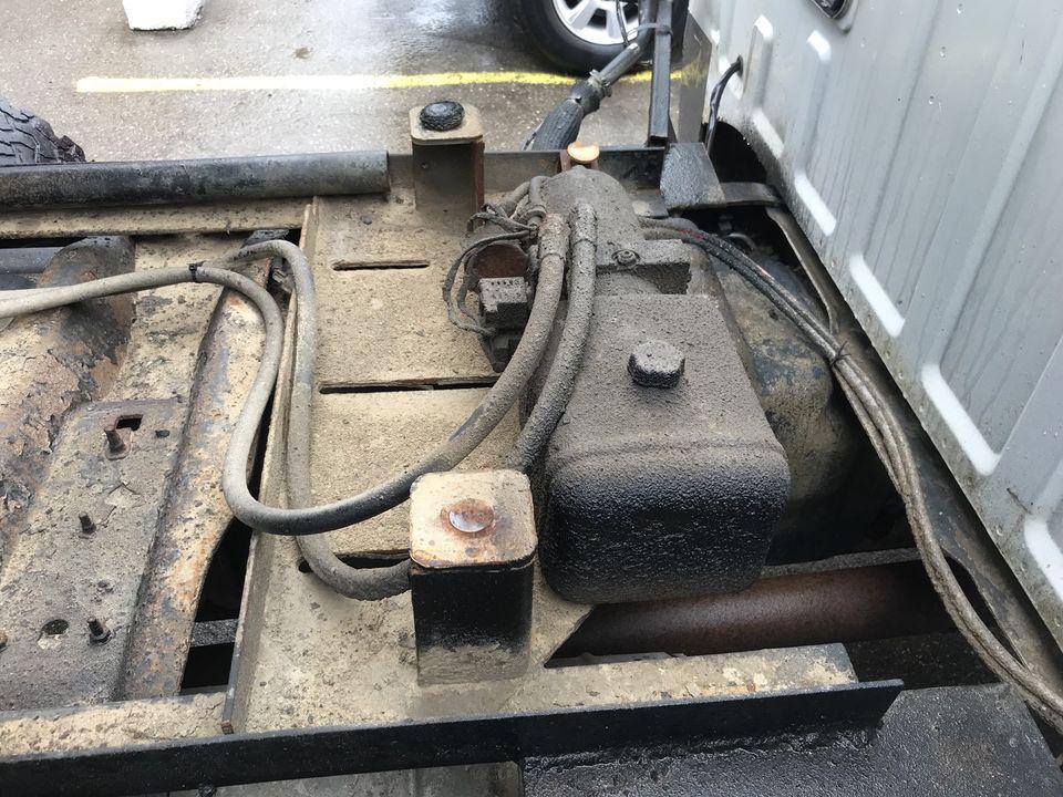 2008 FORD XLT 4 DOOR HYD DUMP BOX GAS LOADED 4X4 – SALE!