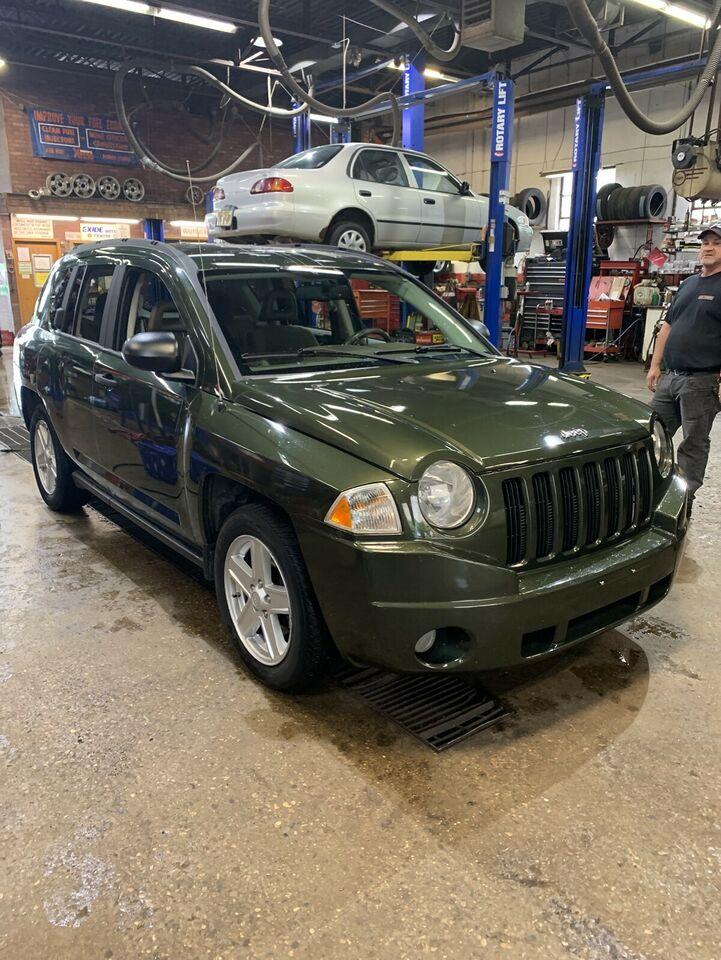2007 Jeep Compass Sport SUV, Crossover