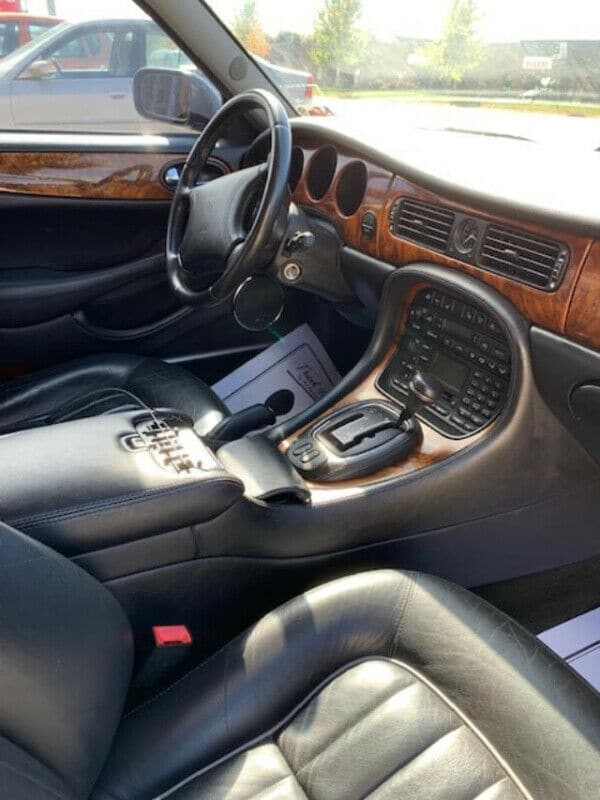 2000 JAGUAR XJ8 TEXAS CAR CERTIFIED ONLY 49K MILES