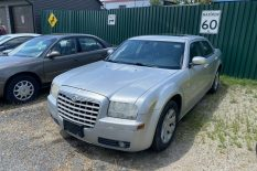 2005 CHRYSLER 300 TOURING AS IS