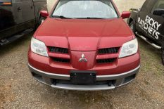 2006 MITSUBISHI OUTLANDER WITH COLD AC AND ONLY 148K